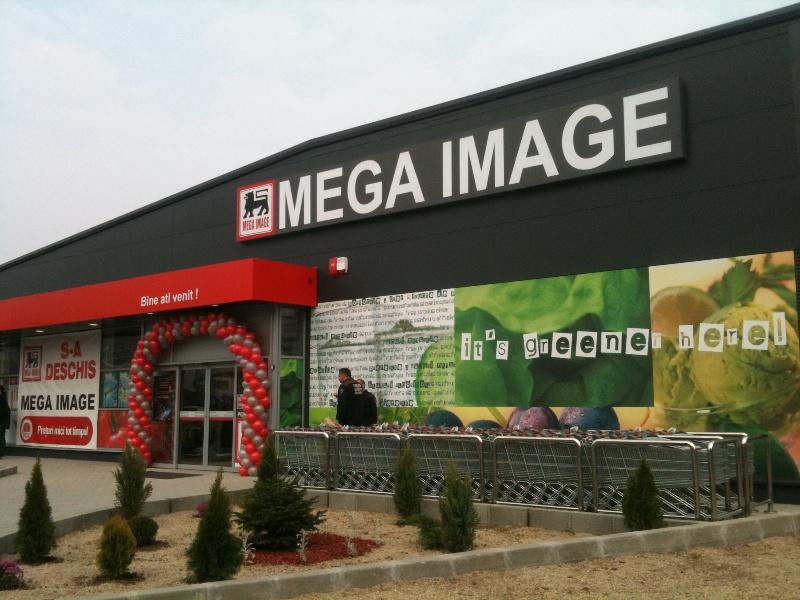Program magazine sarbatori Mega-Image